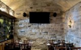Olde English Wine Cellar restaurant room