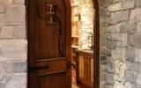 Olde English Blend Wine Cellar